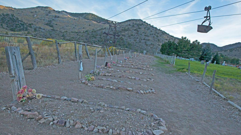 the boot hill cemetery